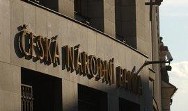 Česká národní banka pokračuje v intervenčním režimu.