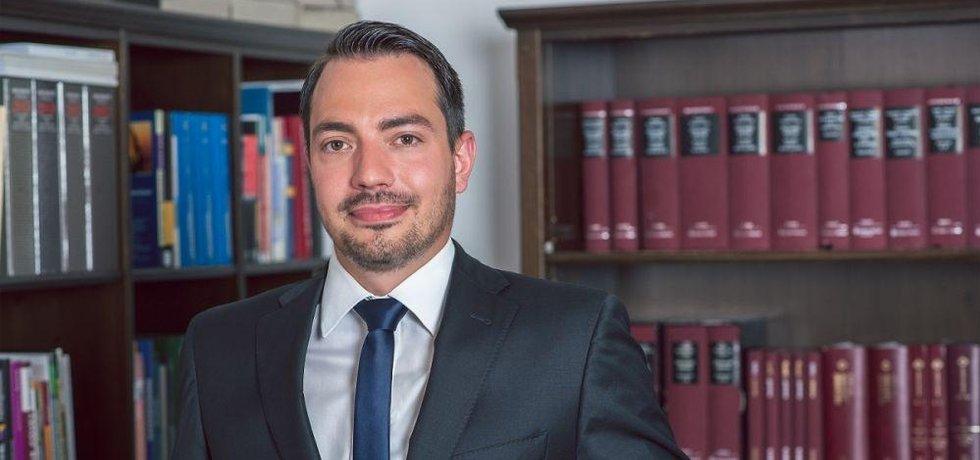 Advokát a lektor Ústavu práva a právní vědy, Mgr. Jan Hrabec