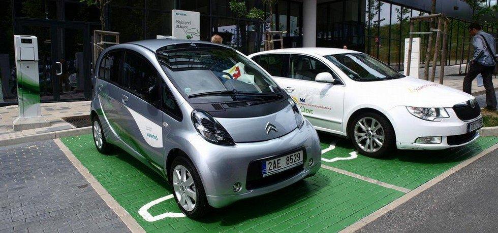 Dobíjecí stanice pro elektromobily v Česku