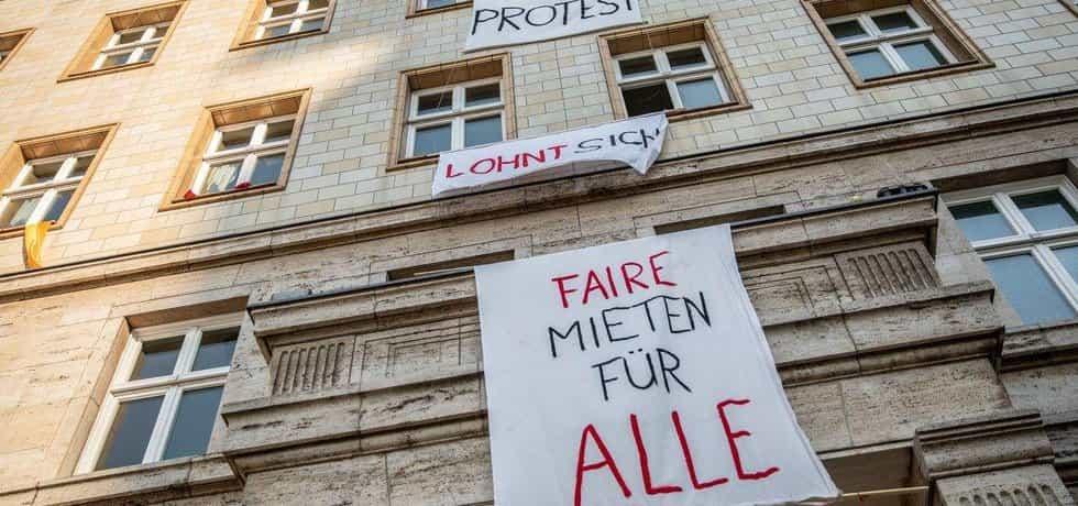 Protest nájemníků na třídě Karla Marxe