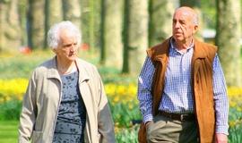 senioři, důchodci