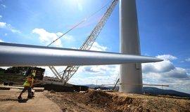 Stavte turbíny, vítr je čím dál silnější, tvrdí studie. Čeští odborníci nadšení brzdí