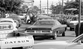 Fronta na benzín v roce 1979 v Marylandu, ilustrační foto