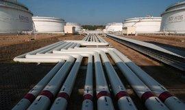 Americká ropa pro Česko. V dubnu dorazilo prvních 57 tisíc tun