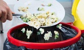 Plýtvání s jídlem - ilustrační foto