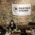 Volební štáb pirátů na pražském Smíchově
