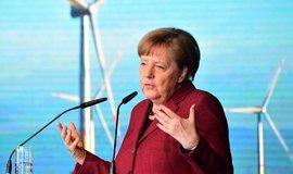Merkelová otevřela nový park na Baltu. Němci už se bez větru neobejdou