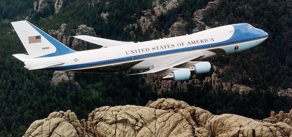 Americkému prezidentovi je prozatím k službám dvojice letounů Boeing 747-200 z roku 1990