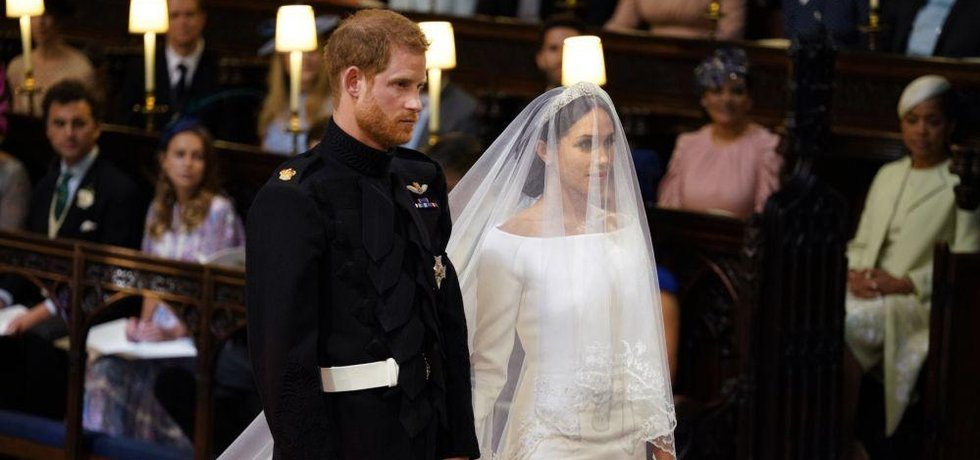 Princ Harry a Meghan Markleová si řekli ano