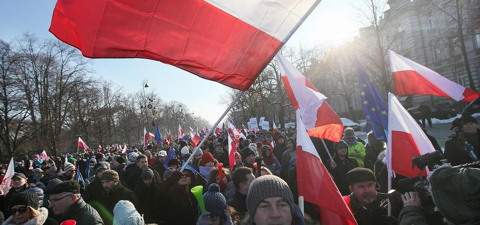 Demonstrace proti polské vládě, ilustrační foto