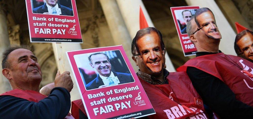 Zaměstnanci Bank of England stávkují za vyšší platy