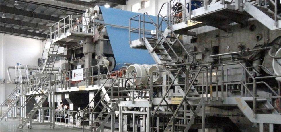 Papírenský stroj, ilustrační foto