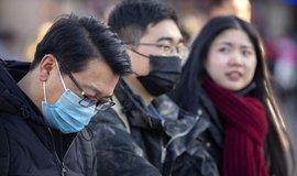 Chaos v Číně. Peking už eviduje 26 obětí koronaviru