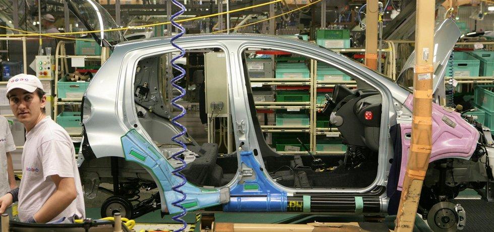 Výroba aut - ilustrační foto