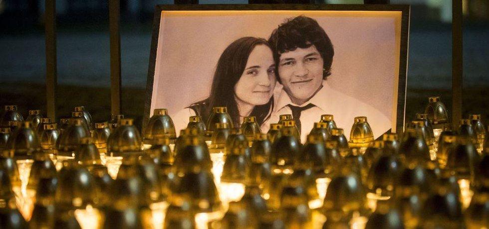 Vzpomínka na zavražděného Jána Kuciaka a jeho partnerku Martinu Kušnírovou