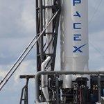 Příprava startu kosmické lodi Dragon americké společnosti SpaceX (foto: Profimedia.cz)