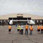 Stroj čekají pozemní a letové zkoušky