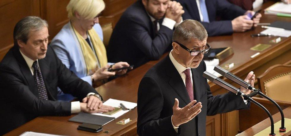 Premiér Andrej Babiš při projevu, ve kterém žádal Sněmovnu o vyslovení důvěry jeho vládě