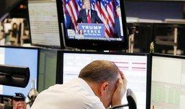Frankfurtský makléř po oznámení výsledků amerických voleb