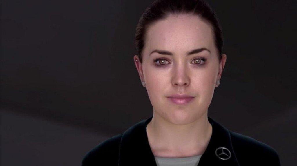 Digitální avatar Sarah. Umí číst lidské emoce.