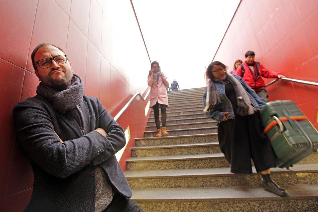 Oblíbená místa zpovykaných Pražanů: závod s kufry na Veleslavíně