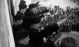 Celkový počet Čechů, kteří od října 1938 do konce války odešli ze Slovenska, lze odhadnout na 62 tisíc až 63 tisíc lidí