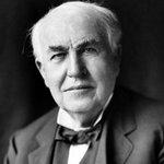 Thomas Alva Edison si nechal patentovat žárovku v roce 1879.