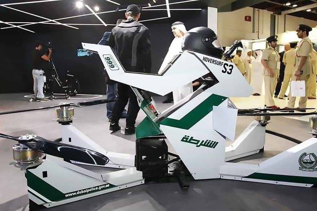 Létající motorky. Postrach dubajských zločinců, ale i policistů