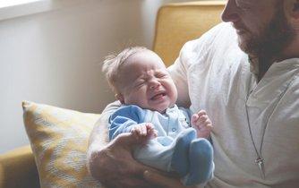 Otec s dítětem (ilustrační foto)