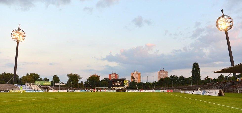 Současný stadion fotbalistů Hradce Králové