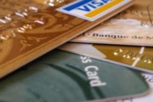 platební karty, banky, nakupování