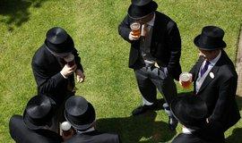 České auta či pivo - Výrobky z malé země v srdci Evropy mají na Britských ostrovech zvuk.