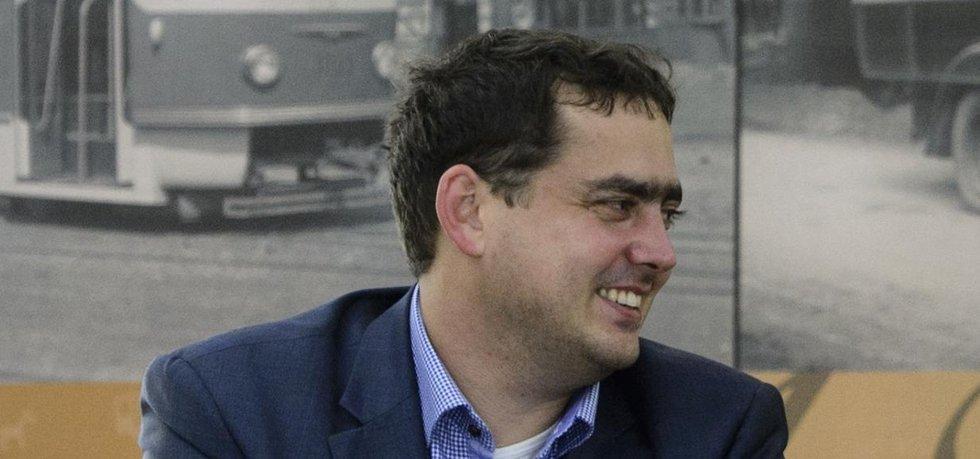 Náměstek Petr Dolínek