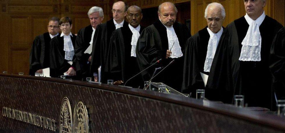 Soud OSN částečně vyhověl žádosti Ukrajiny o předběžné opatření vůči Rusku za diskriminaci menšin