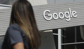 Ve stopách Amazonu, Microsoftu a Applu. Tržní hodnota mateřské firmy Googlu přesáhla bilion dolarů