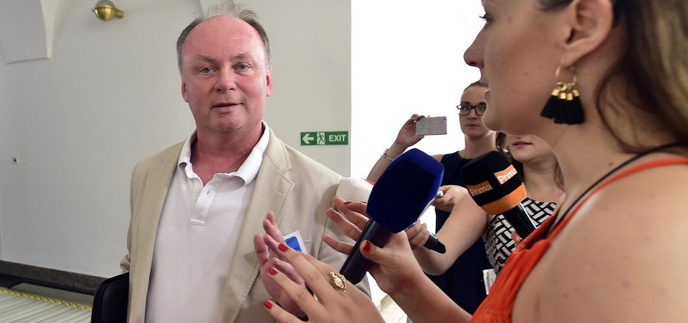 Michala Mazánka (na snímku) nahradí v pozici ředitele Národní centrály proti organizovanému zločinu Jiří Mazánek