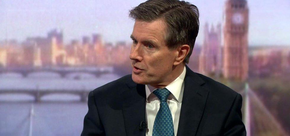 Bývalý šéf britské tajné služby MI6 John Sawers