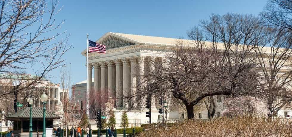Federální soud zmírnil Trumpovy imigrační dekrety