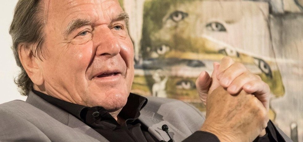 Bývalý německý kancléř Gerhard Schröder míří do čela dozorčí rady Rosněfti.