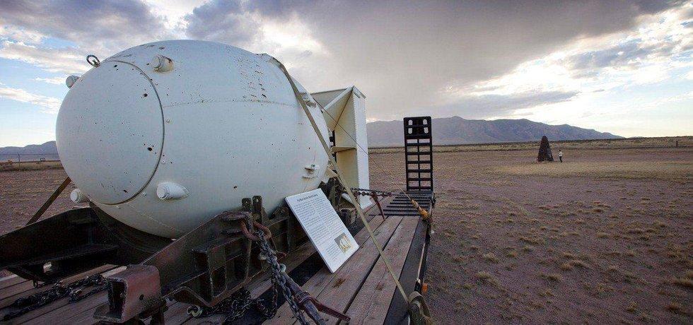 Na testovacím odpališti White Sands v Novém Mexiku byl v roce 1945 uskutečněn první pokusný výbuch jaderné bomby