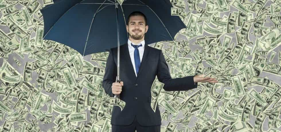 Nakolik je přemíra peněz v globální ekonomice časovanou bombou?