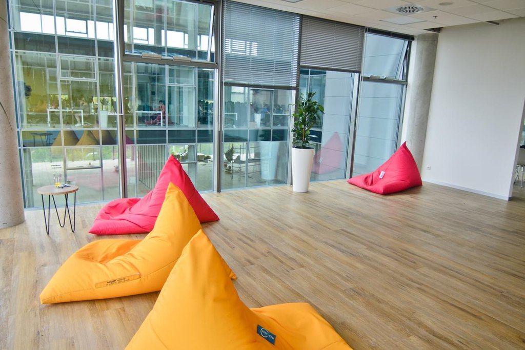 Nové kanceláře brněnského prodejce letenek Kiwi.com