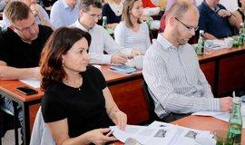 Studium na Ústavu práva a právní vědy je časově flexibilní a trvá 12 až 14 měsíců