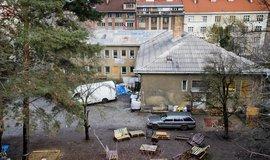 Budova v žižkovské Jeseniově ulici, kterou obývá centrum Klinika.
