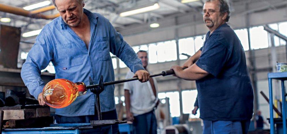 Vysoký podíl ruční práce zkušených mistrů je nenahraditelný