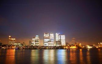 Finanční centrum Canary Wharf v Londýně