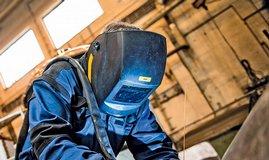 Průmyslová výroba - ilustrační foto
