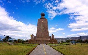 Monument Ciudad Mitad del Mundo, takzvaný střed světa v Ekvádoru.