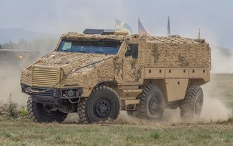 Obrněné vozidlo TITUS 6x6