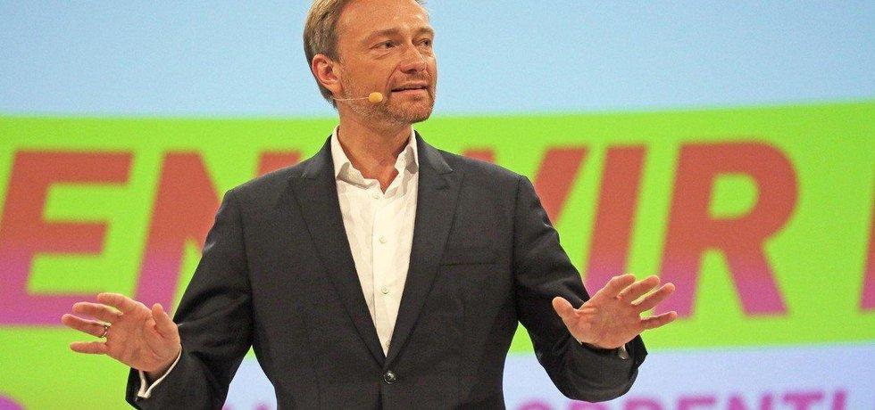 Lídr FDP Christian Lindner na předvolebním sněmu